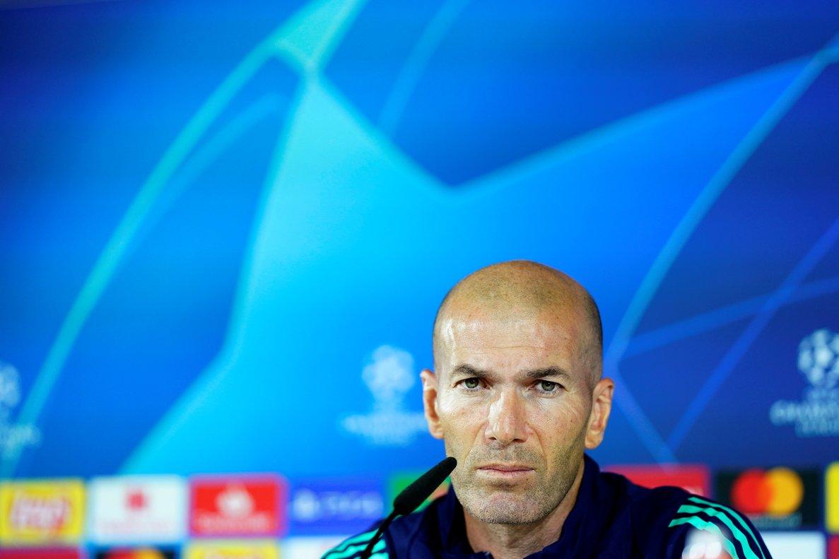 El técnico del Madrid, Zinedine Zidane, este lunes en rueda de prensa.