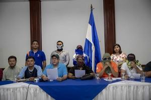 MANAGUA NICARAGUAEl coordinador nacional de la Alianza Democratica NicaraguenseADNMartin Buitragoc-ilee un comunicado para anunciar la fundacion de un movimiento politico y social. EFE Jorge Torres