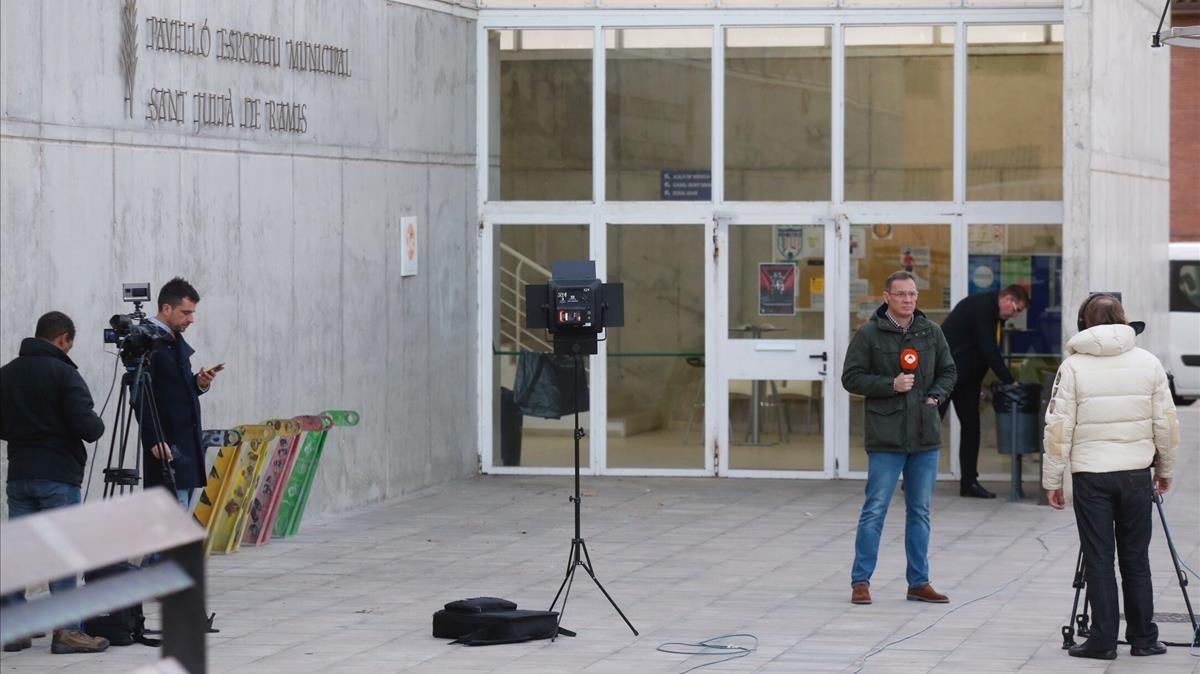 Colegio electoral de Sant Joan de Ramis, donde debería votar Carles Puigdemont.