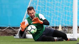 Diego López, en un entrenamiento de esta semana.