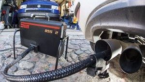 Medición de emisiones de un vehículo.