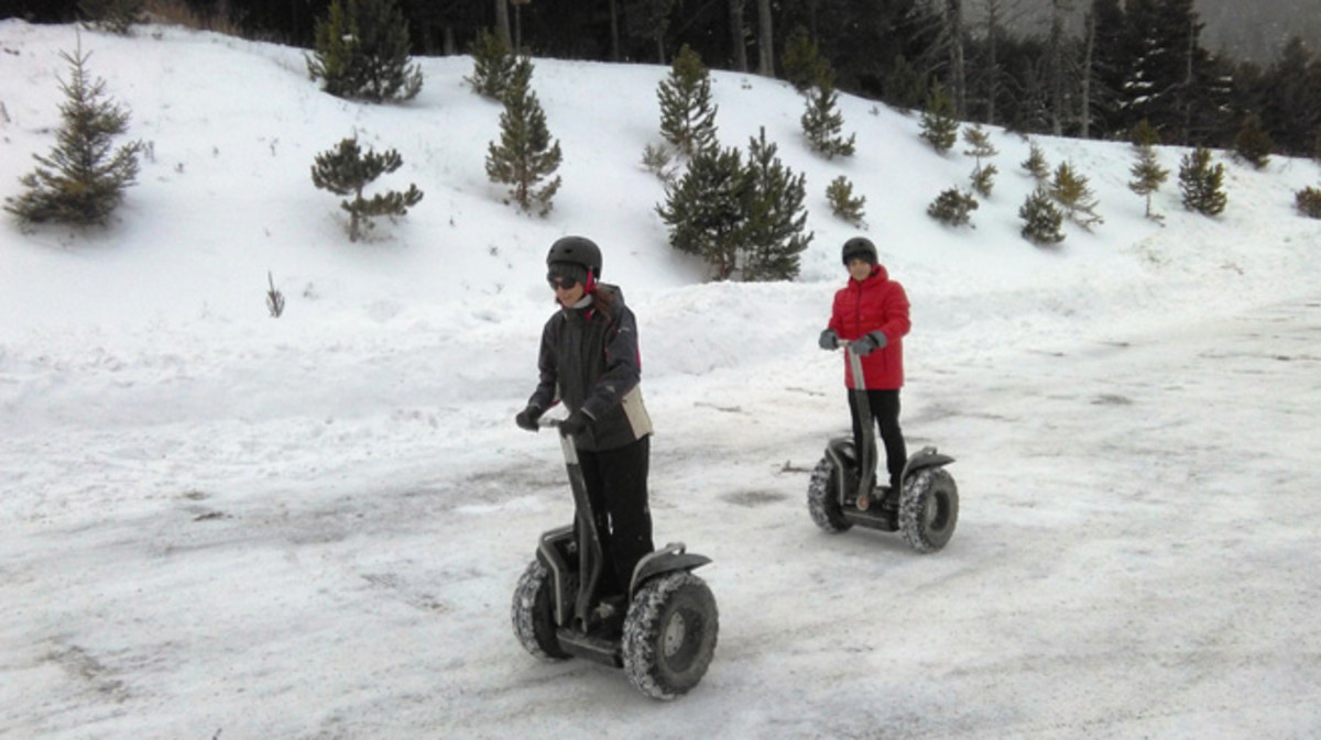Excursión sobre la nieve con segways en La Molina.