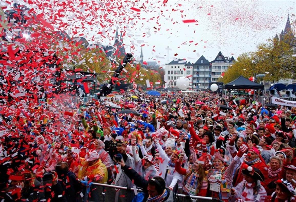 La 'Fastnachumzug' de Eppingen (Baden-Wurtemberg), una de las grandes celebraciones del carnaval alemán.