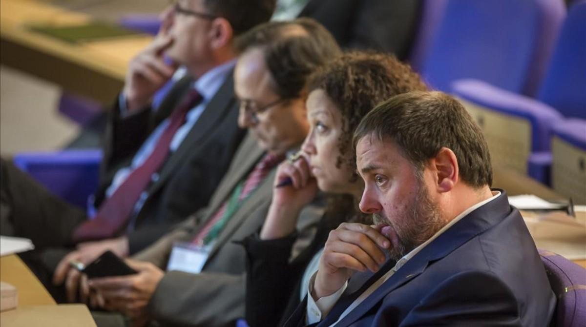 """Oriol Junqueras en la jornada """"L'hora de les decisions: infraestructures, finançament i sectors econòmics""""."""