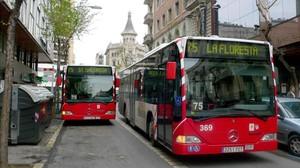 Imagen de archivo de autobuses urbanos de Tarragona.