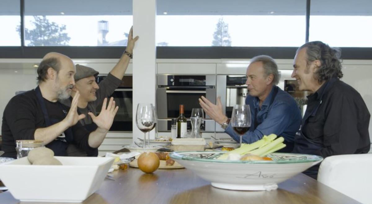 Javier Cámara, Roberto Álamo, Bertín Osborne y José Coronado, en 'Mi casa es la tuya'.