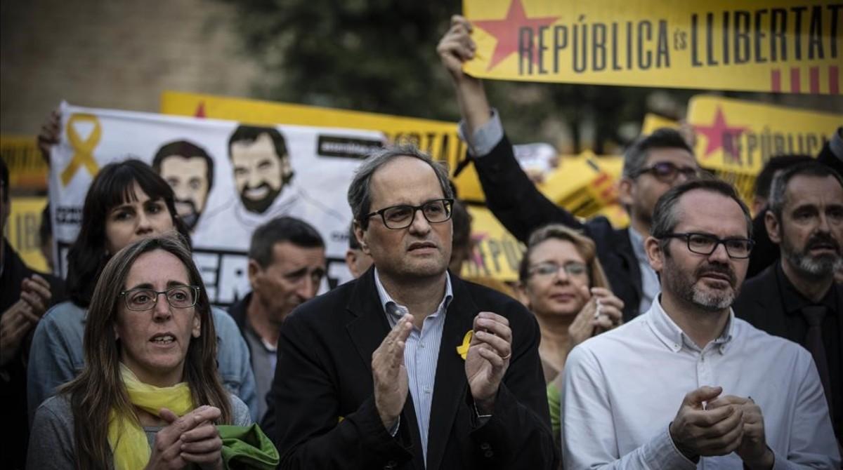 Quim Torra en la concentración en la plaza de la Catedral por los siete meses en prisión de los políticos independentistas.