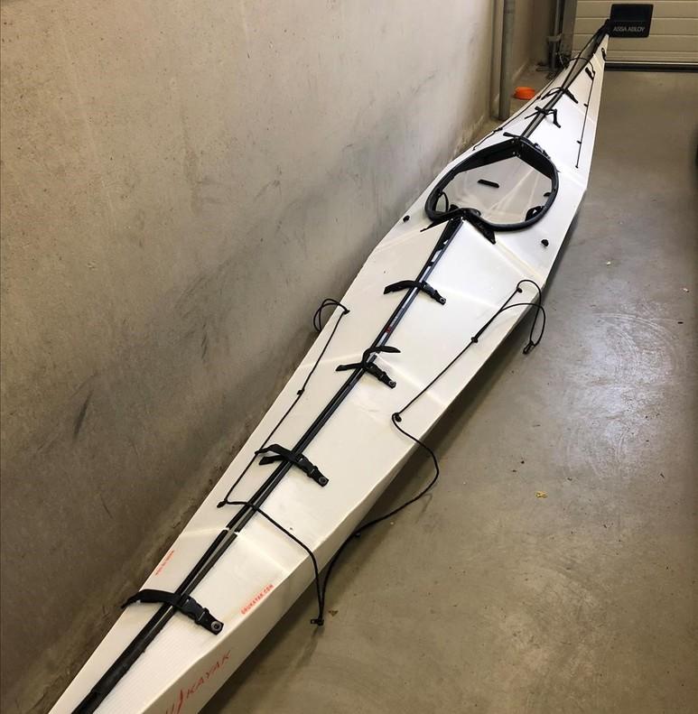Fotografía realizada por la policía noruega del presunto kayak de Kamphuis.