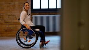 Kristina Vogel posa antes de la rueda de prensa en la que explicó que se quedará parapléjica.