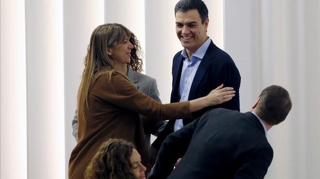 El PSOE dice 'no' a la investidura de Rajoy y presume de resultados