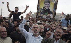 El líder de Hamas en Gaza, Yahya Sinwar, durante unas protestas el pasado abril.