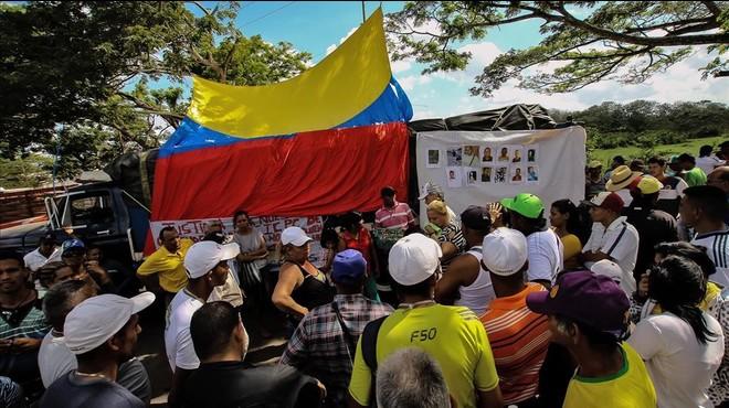 Caracas cree que bandas paramilitares provocaron la masacre de los mineros