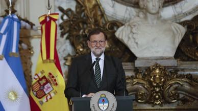 Rajoy evita ya el apoyo público a Cifuentes pero presiona a Rivera