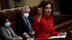 La ministra de Hacienda, María Jesús Montero, defendiendo el proyecto de presupuestos ante las enmiendas a la totalidad de la oposición