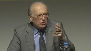 Nicolás Sartorius, durante su conferencia en el ciclo La pell de brau, en LHospitalet de Llobregat.