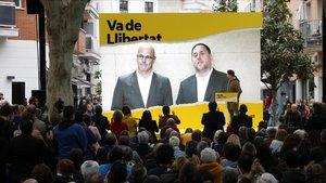 Oriol Junqueras y Raul Romeva en una videoconferencia, en un acto en Cambrils