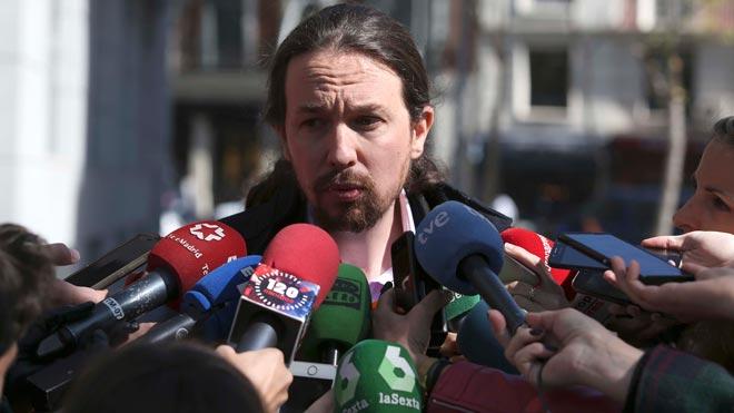 Pablo Iglesias apunta a que el Gobierno del PP ordenó una operación contra Podemos.
