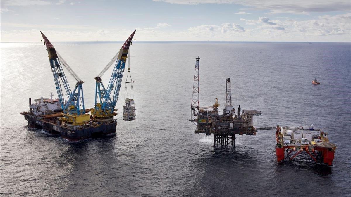 Plataforma petrolífera en el mar del norte.