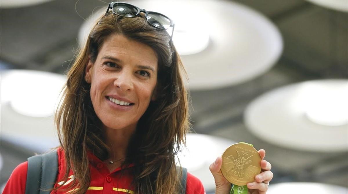 Ruth Beitia, con su medalla de oro en Madrid.
