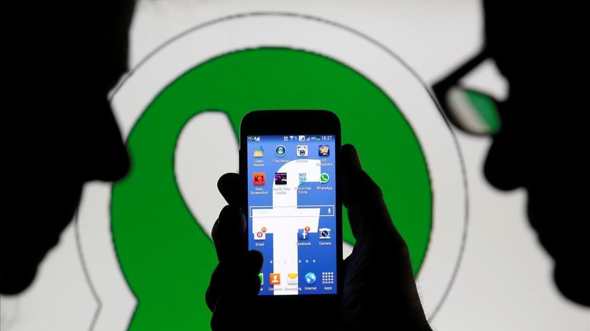 Facebook permetrà a les botigues contactar-te per WhatsApp