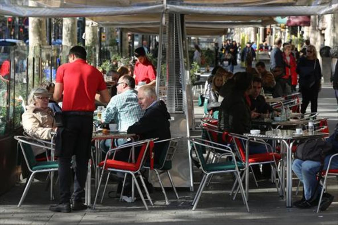 OCDE recomienda a México introducir seguro de desempleo