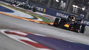 Verstappen, seguido por Hamilton, en los entrenamientos del GP de Singapur.