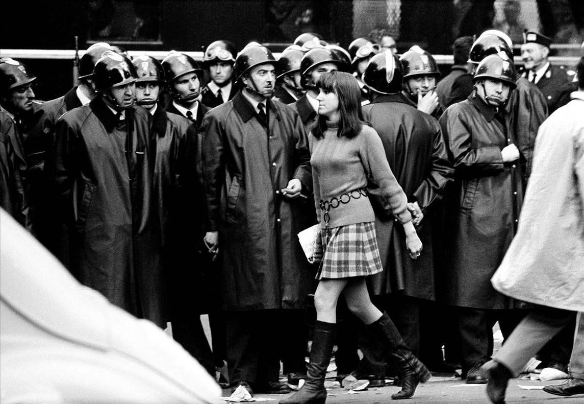 París, mayo del 68, uno de los reportajes que Xavier Miserach hizo para Triunfo.