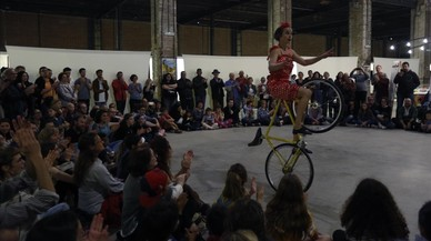 Espectaculos circense en el MUHBA Oliva Artes, anoche.