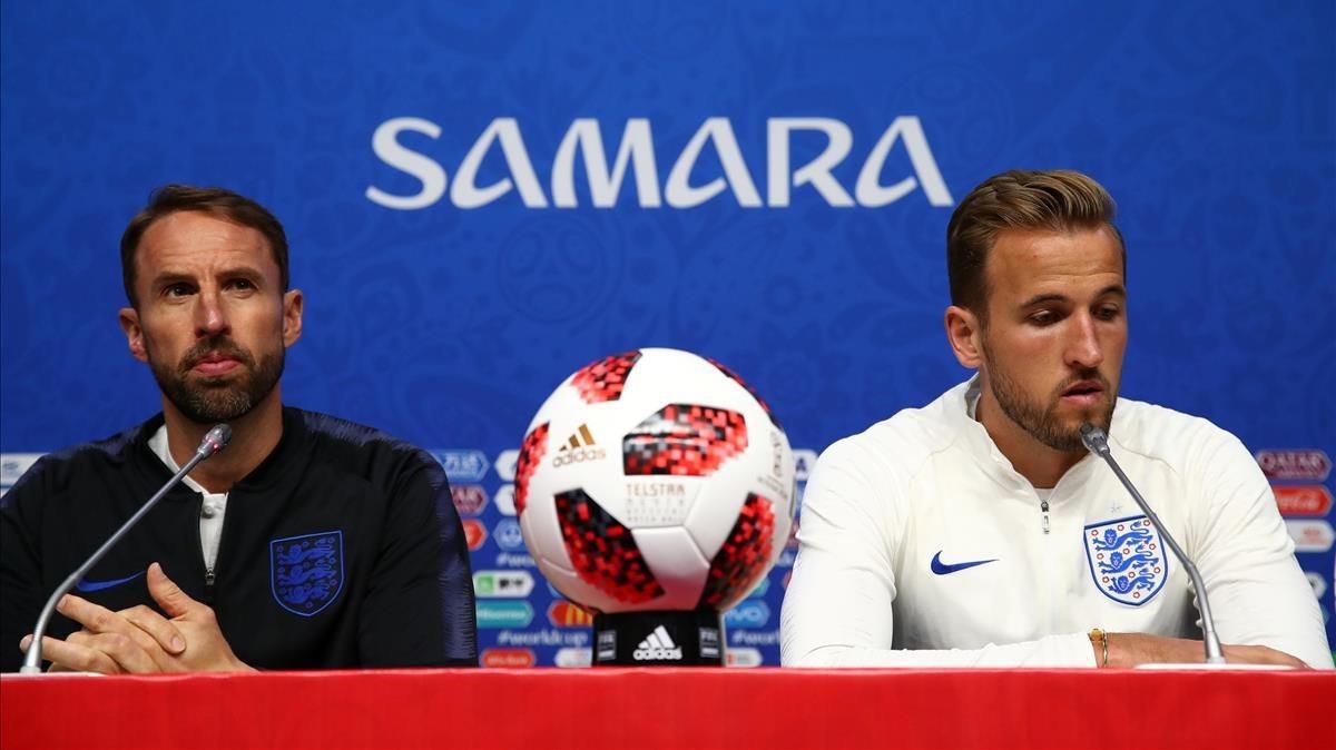 Gareth Southgate y Harry Kane, durante la rueda de prensa previa al Suecia-Inglaterra.