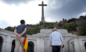 El prior del Valle de los Caídos nega l'accés per exhumar Franco