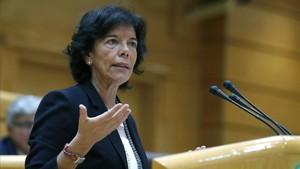 La ministra Celáa en una intervención en el Senado el pasado lunes.