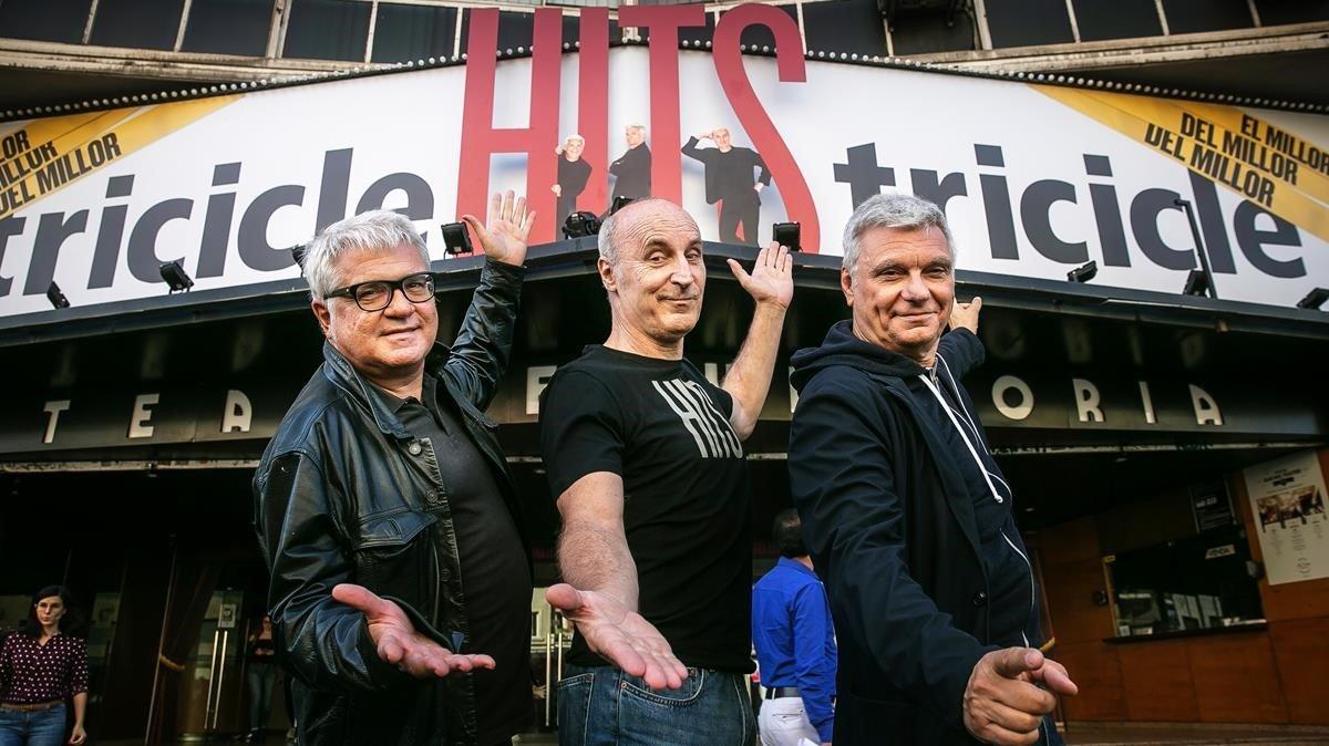 De izquierda a derecha,Joan Gràcia, Paco Mir y Carles Sans, en la presentación de 'HITS'en el Teatre Victòria hace un año.