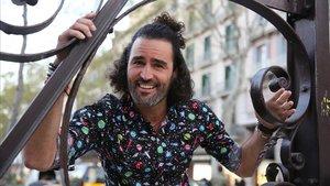 El actor y maratoniano Raúl Gómez presenta su libro 'La vida mola'.