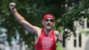Un triatleta paralímpic rep insults al sortir a entrenar