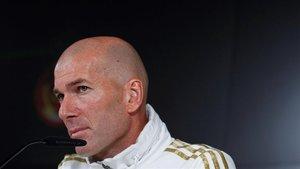 Zinedine Zidane este viernes en rueda de prensa.