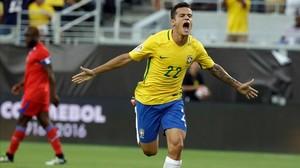 crmartinez34201722 brazil s philippe coutinho 22 celebrates after s160609101533