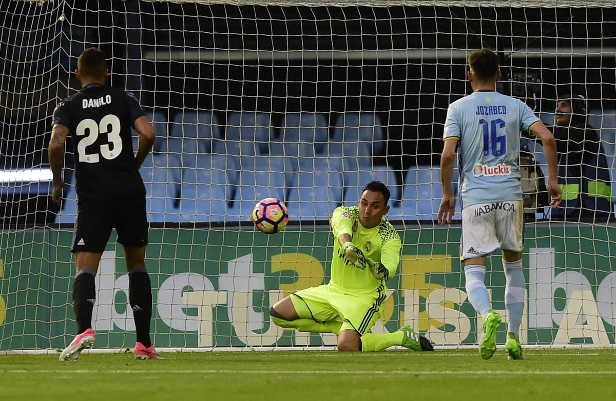 Keylor Navas, durante el Celta-Madrid de la Liga 2016-2017.
