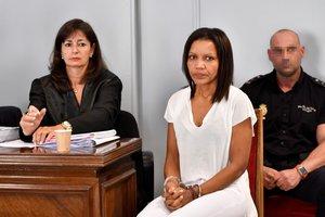 Ana Julia Quezada (c), autora confesa de la muerte de Gabriel Cruz, durante el primer día de juicio en la Audiencia de Almería.