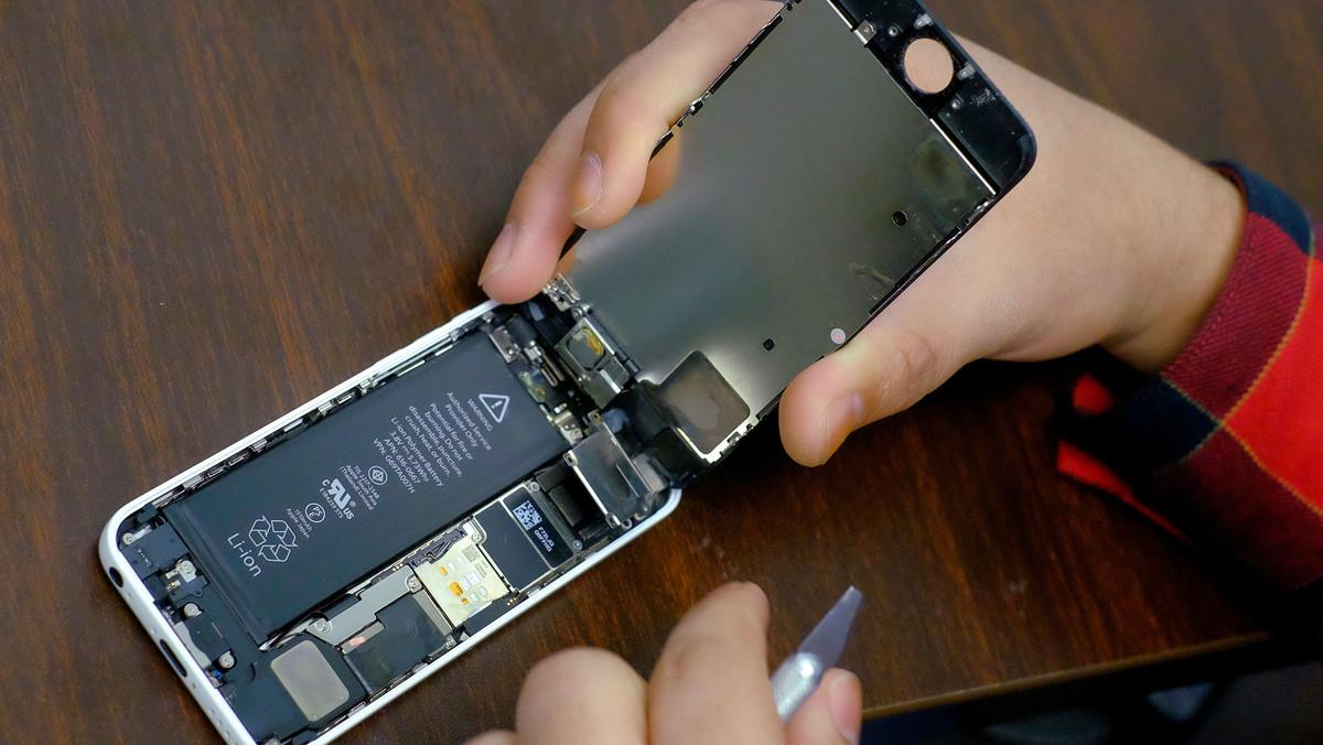 """Apple es disculpa pel """"malentès"""" dels iPhone alentits"""