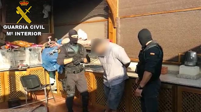 La Guàrdia Civil ha detingut avui a Melilla un home de 40 anys dorigen marroquí i de nacionalitat danesa.