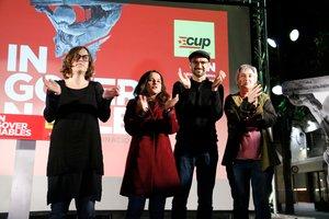 La CUP celebra a Terrassa que la gent es «planti» i cremi fotos de la Monarquia