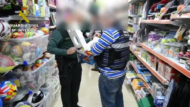 Guardia Civil retira de la venta en Cantabria más de 3.200 juguetes por falta de seguridad