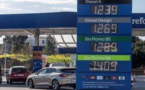 Les Balears s'avancen i prohibeixen els dièsels el 2025 i els gasolina el 2035