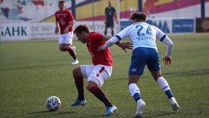 Lance del partido entre el FC Minsk y Dinamo Minsk, de la segunda jornada del campeonato bielorruso.