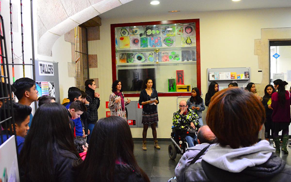 Barcelona es proposa millorar els serveis d'atenció a la infància i adolescència