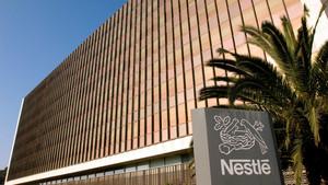 Imagen del edificio central de Nestlé en España, ubicada en Esplugues de Llobregat (Barcelona).
