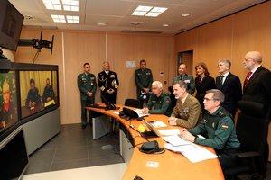 """""""Al habla el Rey"""": así ha contactado Felipe VI con una patrulla de la Guardia Civil"""