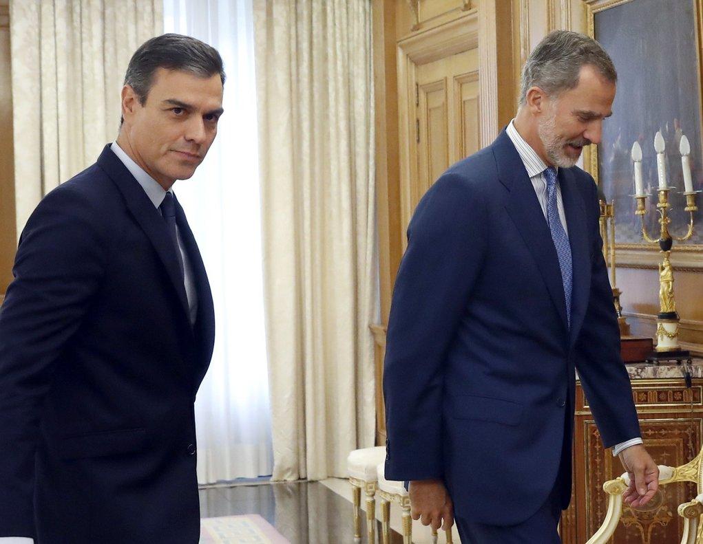 El Rey recibe al líder del PSOE, Pedro Sánchez, en la Zarzuela.