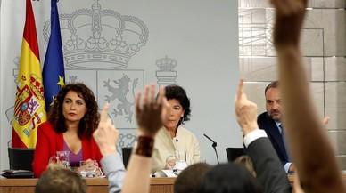 """El Gobierno, sobre las grabaciones que implican al rey Juan Carlos: """"Ni las consideramos"""""""
