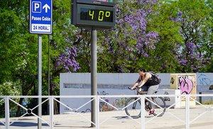 Un termómetro sevillano, a 40 grados.